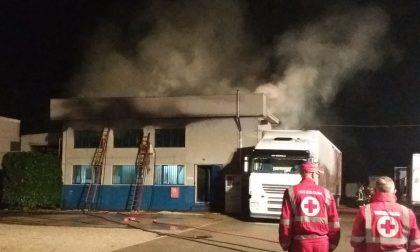 Incendio ditta Vanzaghello, il sopralluogo delle autorità