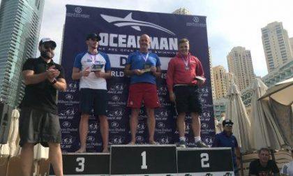 Una bracciata da record: Monolo primo a Dubai Marina