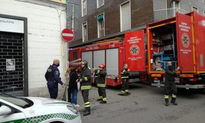 Fuga di gas a Rho: strade chiuse e palazzina evacuata