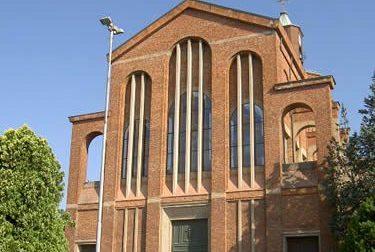Canegrate, muore a 66 anni durante la messa