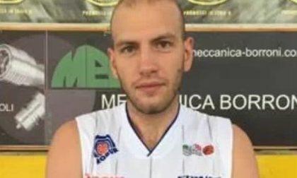 Ragazzi travolti alla fermata dell'autobus: uno muore, indagato un giocatore di basket caronnese