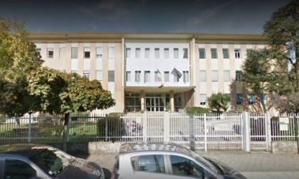 Treviglio, banda di ragazzi tenta furto a scuola nella notte di Santo Stefano