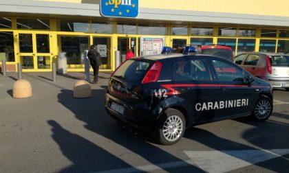 Assalto al portavalori dell'Eurospin, rubata anche la pistola di una guardia giurata AGGIORNAMENTO