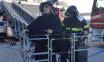 La Befana dei Vigili del Fuoco arriva in Pediatria a Legnano FOTO E VIDEO