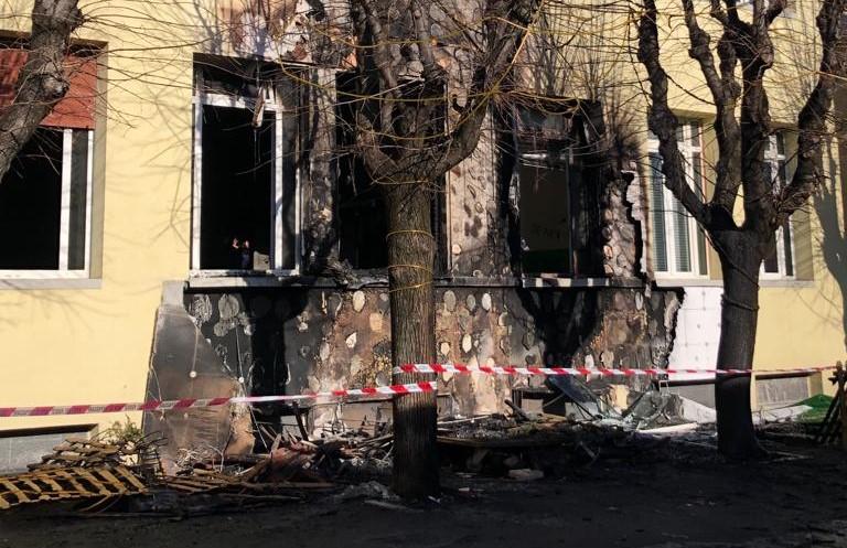Incendio alla scuola elementare di Dairago