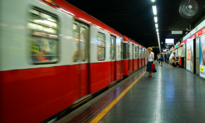 Aveva due etti di droga in metropolitana: giovane arrestato dalla Polizia