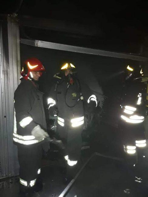 Sul posto i pompieri di Legnano