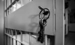 Coronavirus, esplode la protesta anche nel carcere San Vittore VIDEO