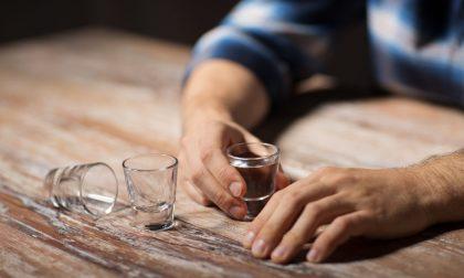 Stimolazione magnetica transcranica contro la dipendenza da alcool