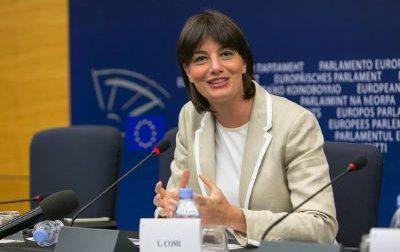 Lara Comi rinuncia a Bruxelles