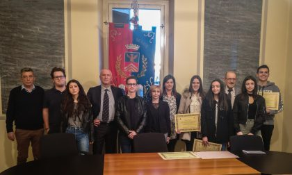 Besate, borse di studio per 5mila euro agli studenti