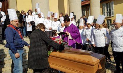 Oltre 30 chef in giacca bianca per l'ultimo saluto allo chef Moreno Nesi