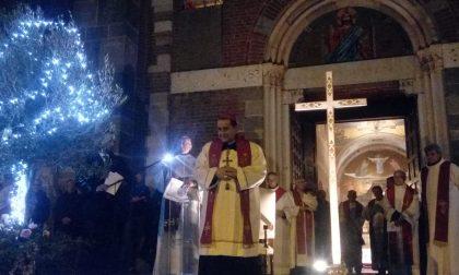 Via Crucis con l'arcivescovo a Legnano FOTO