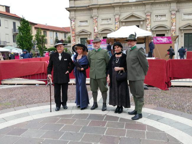 Associazioni in piazza a Saronno