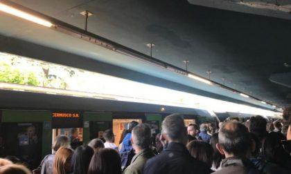 Guasto a Gobba, caos sulla metropolitana verde