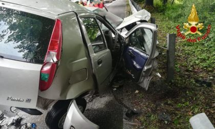 Tragico schianto tra quattro auto, un morto e tre feriti FOTO