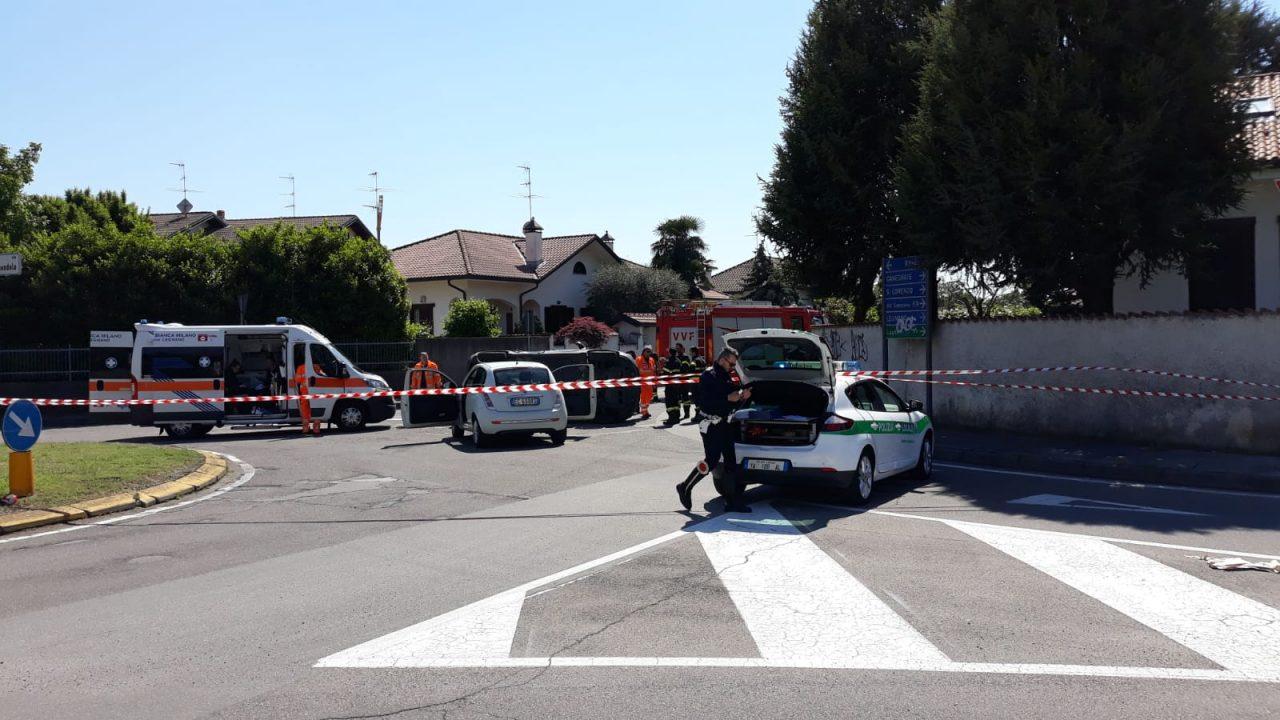 Incidente tra due auto