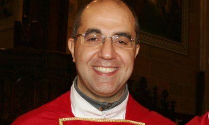 Il parroco don Davide Bertocchi lascia San Vittore Olona