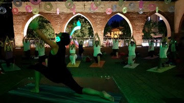 Silent Yoga di nuovo al Castello Visconteo