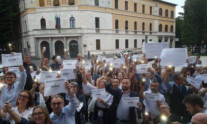 """Manifestazione a Legnano: """"Fratus dimettiti"""""""