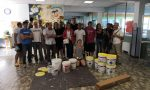 Scuola Rodari, i genitori dipingono le pareti