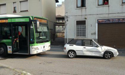 Incidente in via Magenta: cinque autobus bloccati