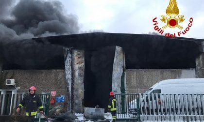 Incendio rifiuti Settimo Milanese, parlano Lega e M5S