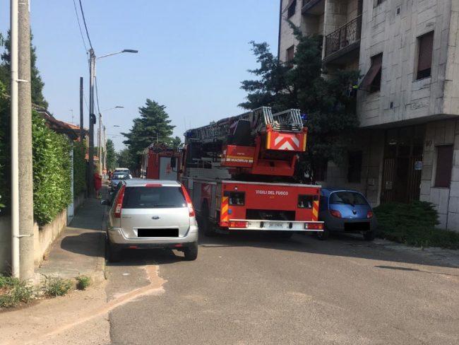 83enne cade in casa: arrivano i soccorsi a San Vittore Olona