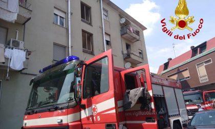 Incendio in un appartamento a Parabiago FOTO