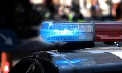 Vandali, tentati furti e locali sanzionati durante il sabato sera