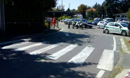 Il ciclista investito è stato trascinato da un trattore