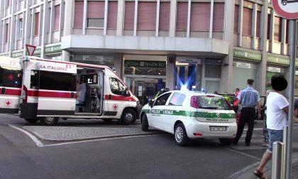 Incidente a Legnano: una ruota si stacca dalla vettura FOTO
