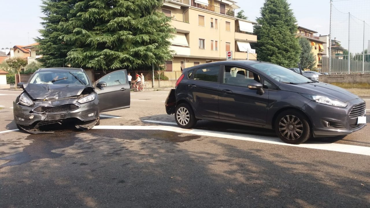 Parabiago, incidente in via Minghetti