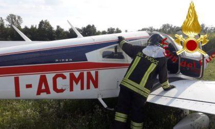 Aeromobile compie un atterraggio di emergenza a Casnate