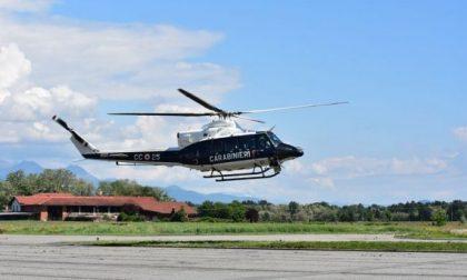 Omicidio nella Bergamasca, posti di blocco ed elicottero per trovare l'assassino