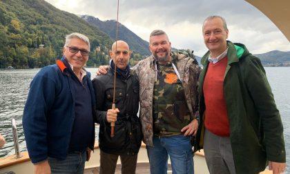 La star di Hollywood Stanley Tucci sul lago di Como