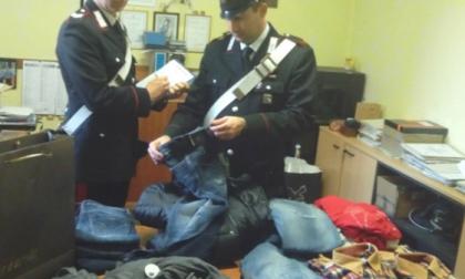 Tentato furto a Castellanza: 19enne indossa vestiti rubati sotto i suoi, denunciato