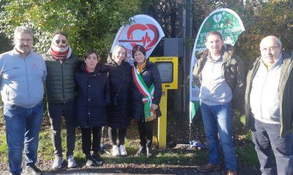 Inaugurato il defibrillatore H24 in ricordo di Adriano Regalia - FOTO