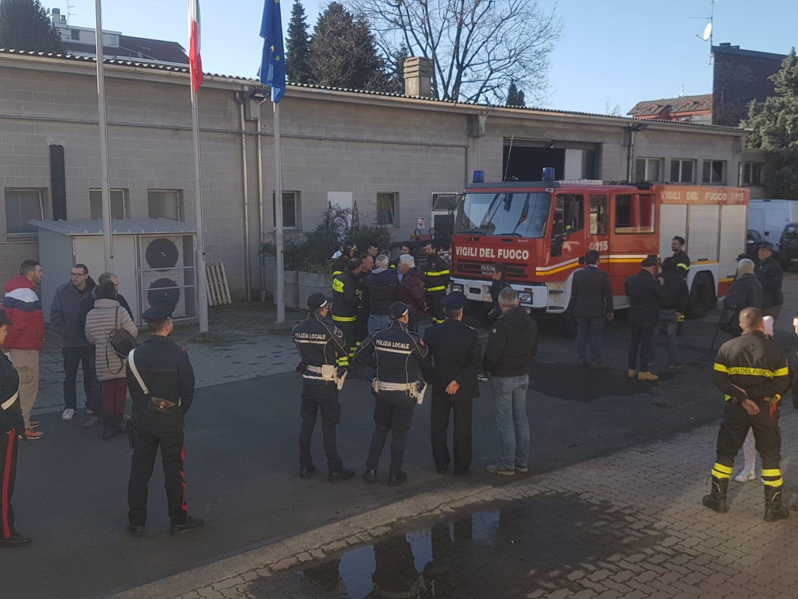 vigili del fuoco volontari tradate