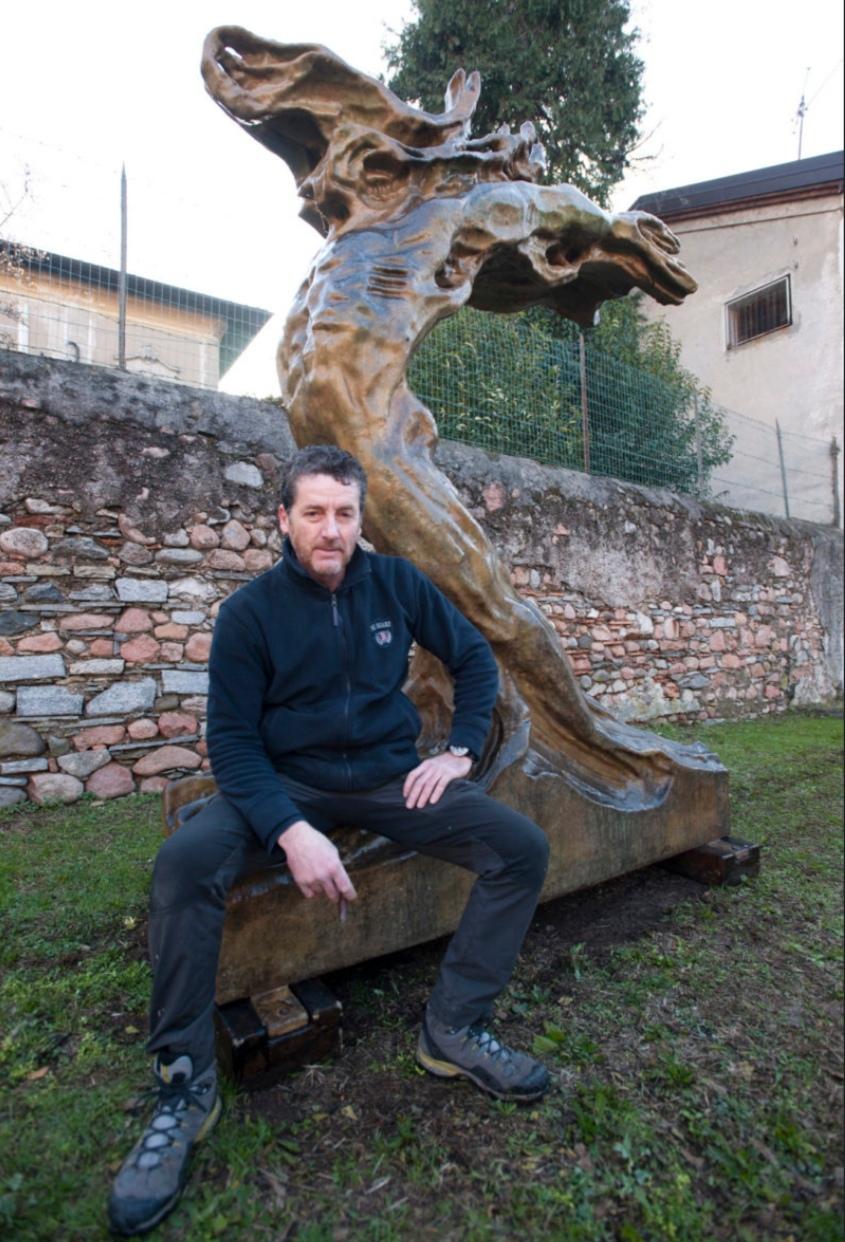 l'abbraccio dell'olmo e lo scultore stefano volpe