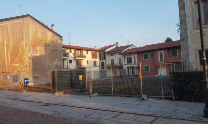 """Abbattuta l'ex cartoleria di Abbiate, la proposta del vicesindaco: """"Una nuova piazza"""""""