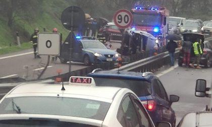 Grave incidente sulla tangenzialina, traffico bloccato