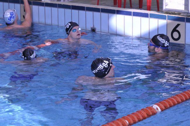 Domenica la Briantea 84 in vasca a Saronno