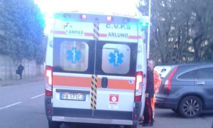 Bambino di 6 anni cade dalla bici: portato in ospedale