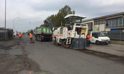 Bareggio: iniziate le asfaltature stradali