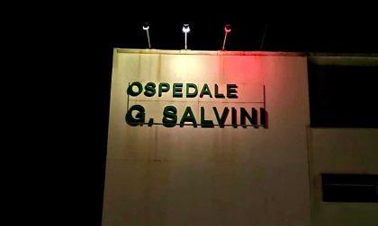 Prime prove per illuminare l'ospedale con i colori della bandiera italiana