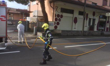 Sanificazione strade a Dairago - LE FOTO