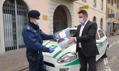 Mascherine dai rifugiati politici: il dono del Rotary