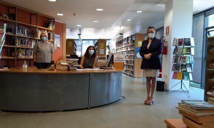 Riaperta la biblioteca: quarantena per i libri restituiti