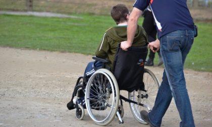 Ragazzi disabili senza pulmino per andare a scuola